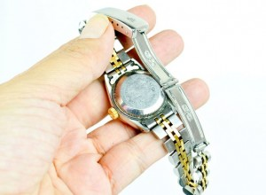 Rolex-Watch-Is-a-Real-or-Fake-Step-5-Version-2